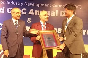 Chetan raikar recognised as 'industry captain' At all-india vishwakarma awards 2018